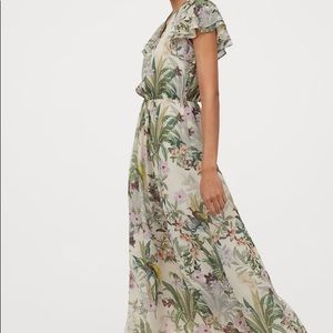 H&M size xtra large floral maxi dress.